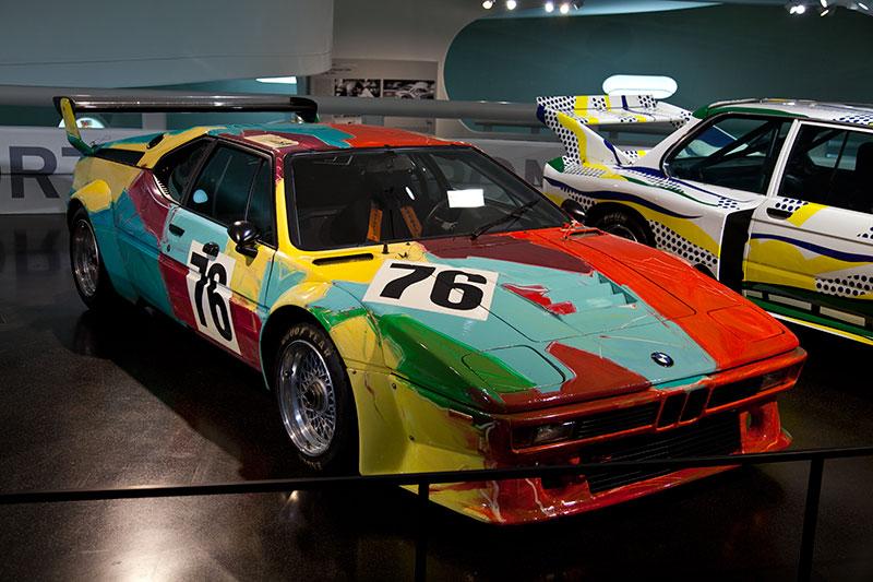 BMW M1 Art Car von Andy Warhol im BMW Museum