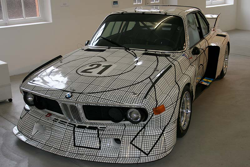 BMW 3,0 CSL Art Car auf der AUTO-NOM-MOBILE in Kassel 2006