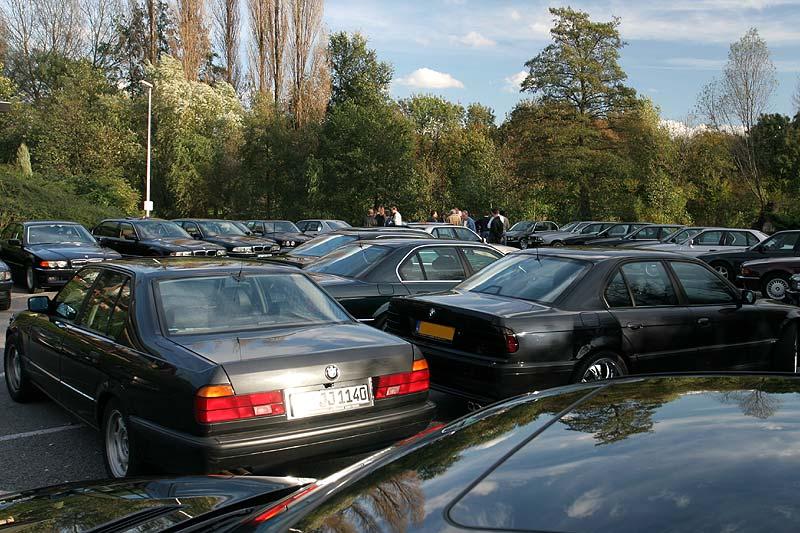 zugeparkter 7er-Parkplatz in Moers
