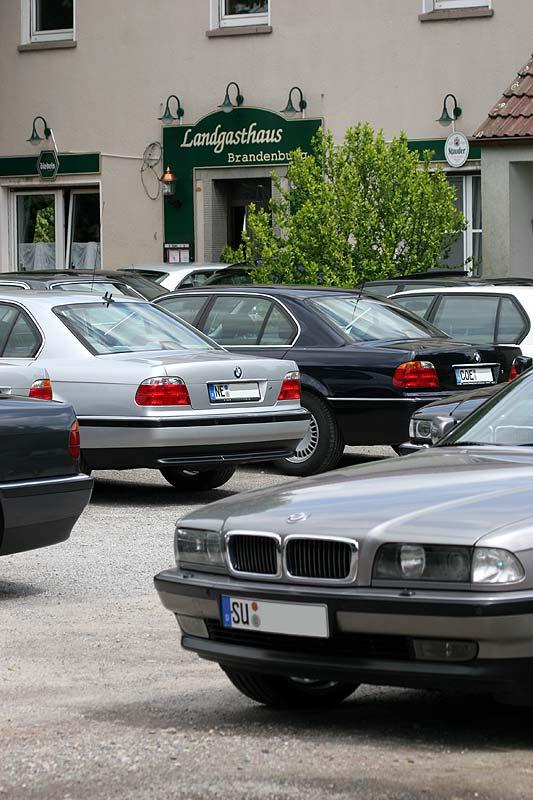 Parkplatz vor dem Landgasthaus Brandenburg