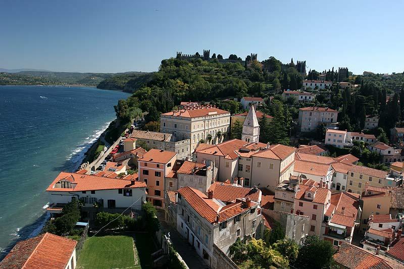 Blick von der Kirche des Heiligen Georg auf Piran