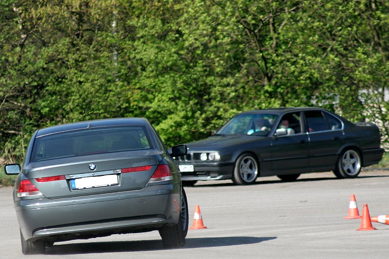 "Peters (""peterpaul"") BMW 745i (E65) und Marinos (""BMW Devil 735"") BMW 530i (E34)"