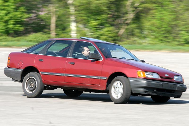 "Forumler ""esau"" und Guido (""M8-Enzo"") im Ford Scorpio"