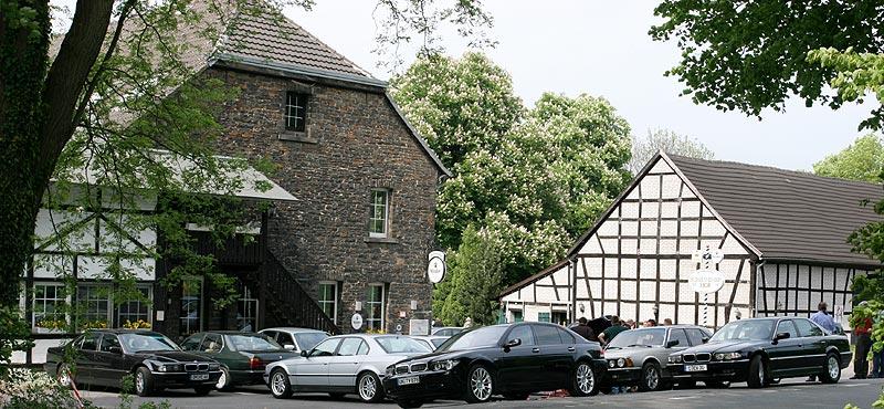 ausnahmsweise trafen sich die 7er-Fahrer im Mai am Landgasthaus Schevener Hof in Essen