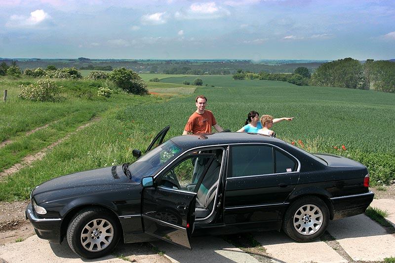 """BMW 730d (E38) von Michael (""""virgo"""") mit Matthias (""""TheTwinS74""""), Christiane und Sylvia"""