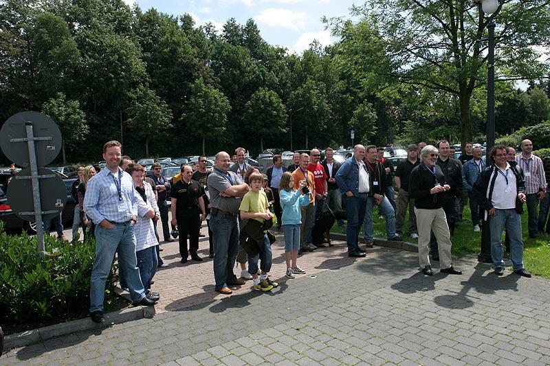 Teilnehmer des Treffens bei der Begrüßung durch Bürgermeisterin Klein