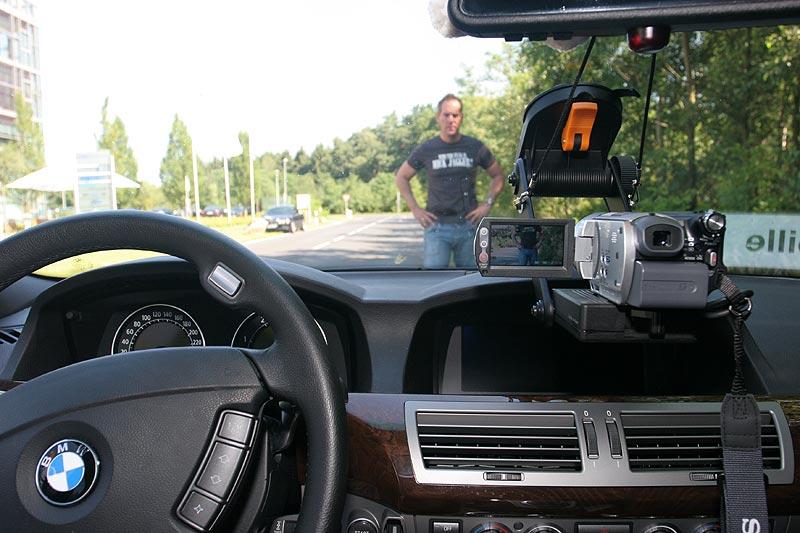 """Thilo (""""pille"""") filmte den Konvoi nach Wegberg mit Videokamera aus seinem BMW 745d (E65)"""