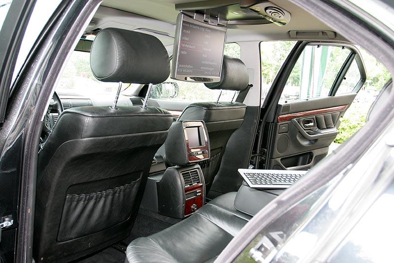 """Ludwijns (""""der_reiter"""") BMW 730d (E38) diente als Vorführfahrzeug für die Firma """"InCarComputer"""""""