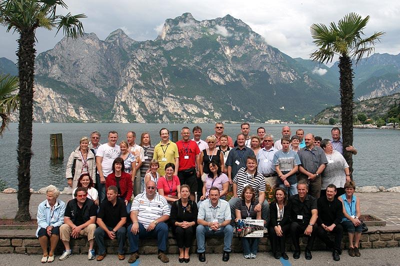 Gruppenfoto der Teilnehmer in Torbole am Gardasee