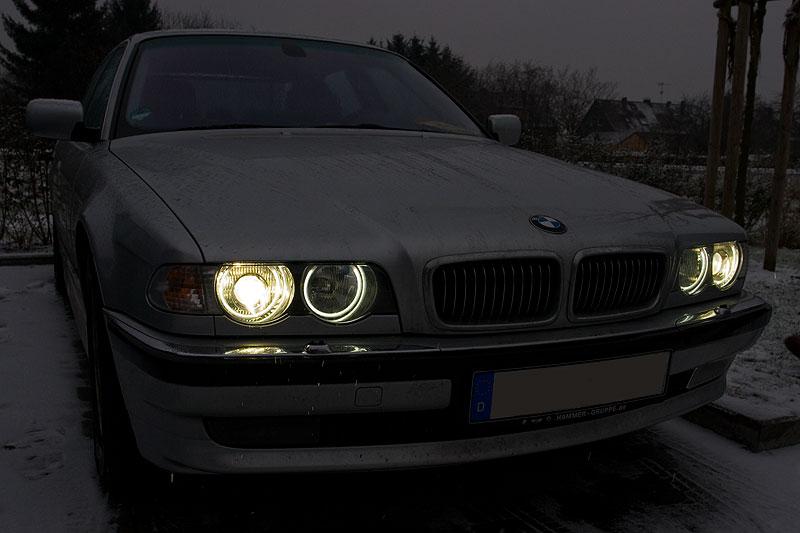 """Wolfgangs (""""Wölfi"""") BMW 735i (E38) mit nachgerüsteten Standlichtringen"""