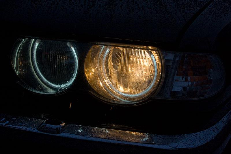 """Eberhard (""""EV 30"""") hat nun auch Standlichtringe an seinem BMW 735i (E38) nachgerüstet"""