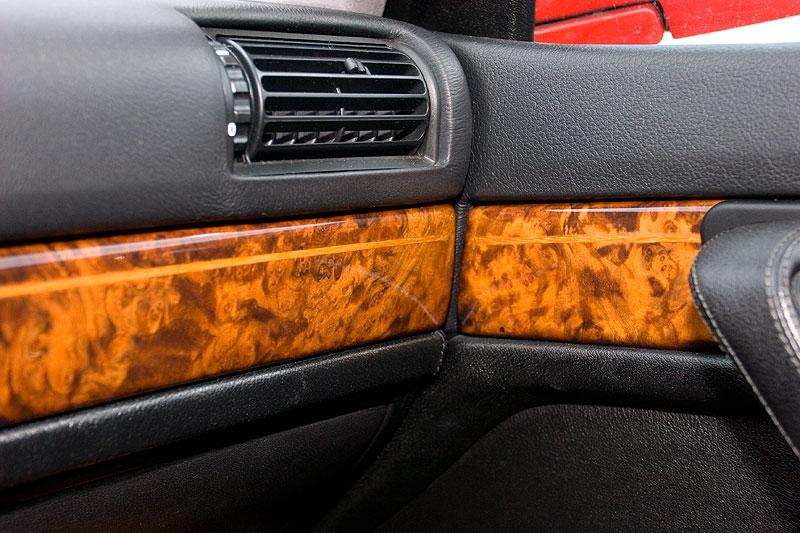 Edelholz mit Intarsien im BMW 740i (E32) von Mario