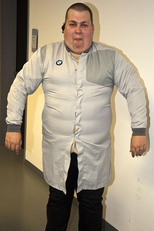 """Matthias (""""Prinz-Eta"""") im Schutz-Anzug in Größe XL"""