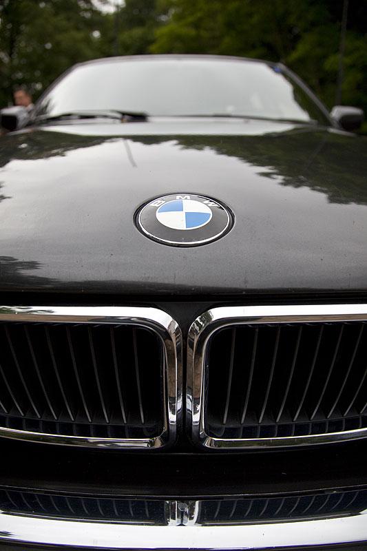 BMW 750iL Highline (E32)