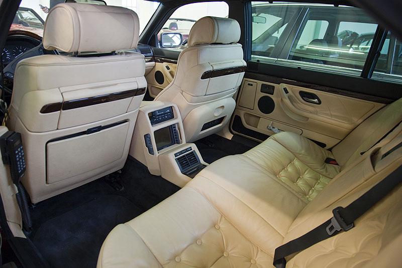 BMW 750iL Individual der Modell Reihe E38