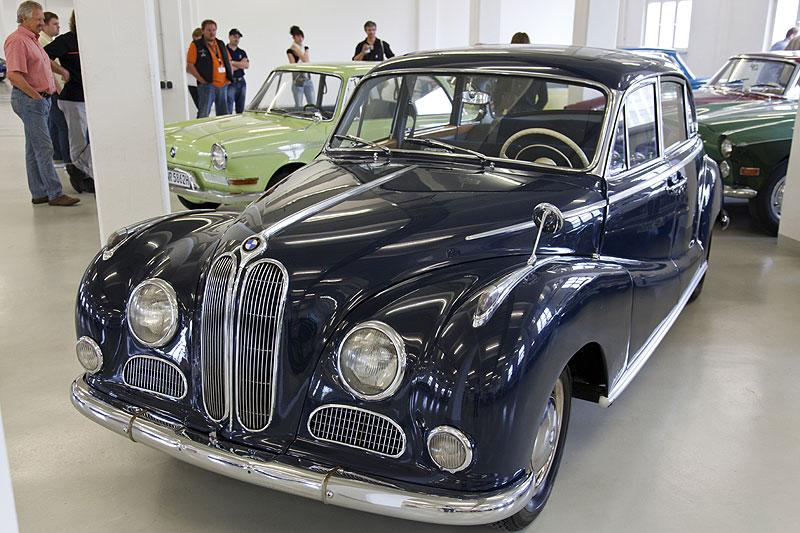 """BMW 502 mit Super V8 Motor, auch als """"Barockengel"""" bekannt"""