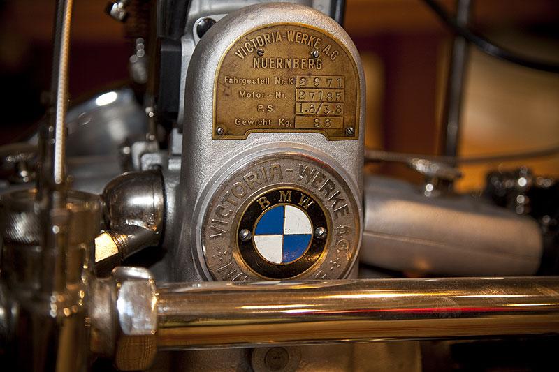 erster BMW Motorradmotor in der Victoria KR 1 Maschine, längs verbaut