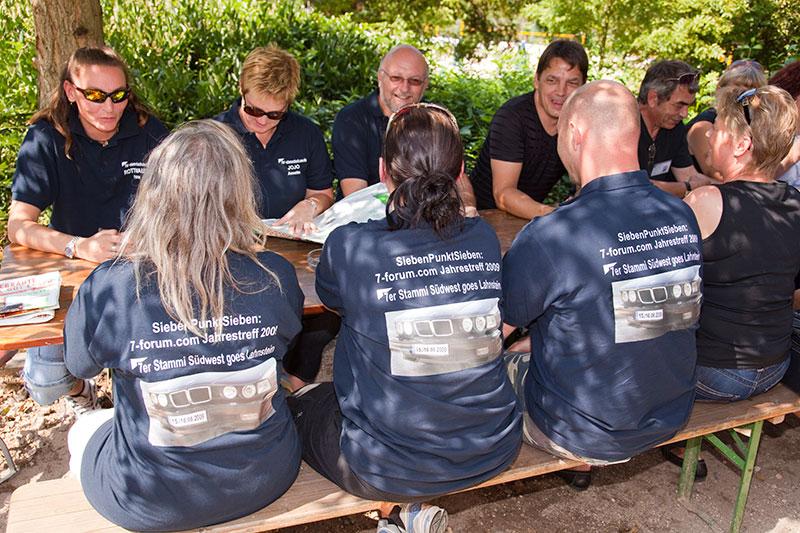 Der 7er-Stammtisch Süd-West kam einheitlich mit einem speziell für das Forums-Jahrestreffen erstellten T-Shirt gekleidet nach Lahnstein