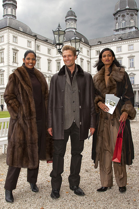 Mode-Schau vor dem Schloss Bensberg im Rahmen des Althoffs Festival der Meisterköche