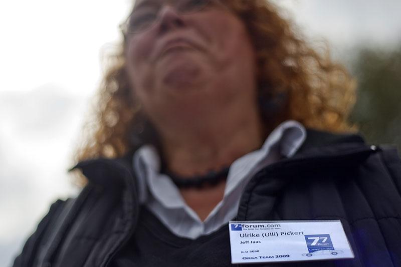 """Ulrike (""""Jeff Jaas"""") kam mit ihrem Ansteck-Schild aus Lahnstein nach Castrop-Rauxel"""