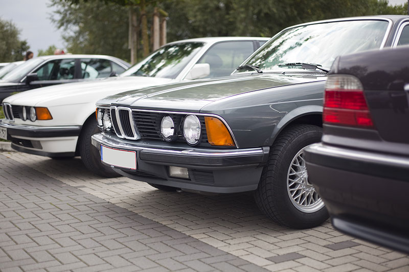 Peters BMW 745i Executive (E23) auf dem Rhein-Ruhr-Stammtisch Parkplatz