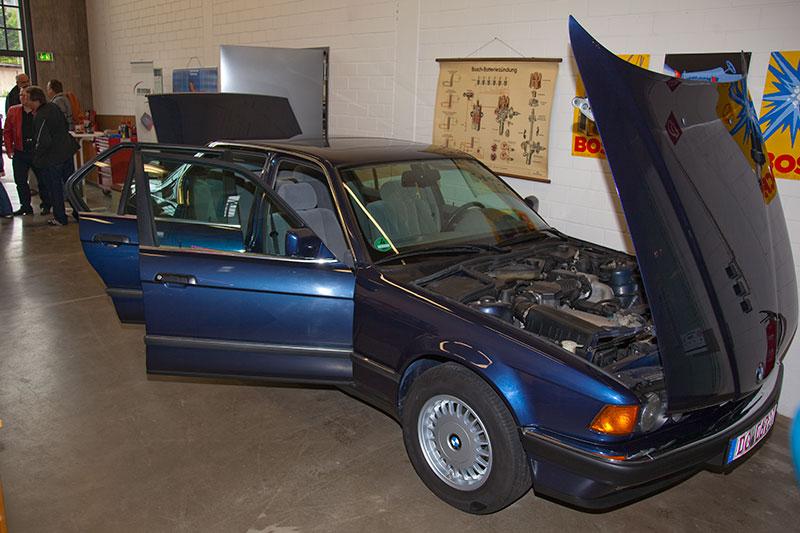 Um diesen restaurierten BMW 730i der Modellreihe E32 ging es bei der Projekt-Vorstellung von Mark Wagener im Meilenwerk