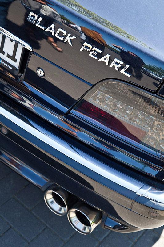 sein Auto nennt Wilhelm ('hollysonson') Black Pearl