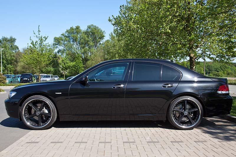BMW 750i Individual (E65) von Ingo ('Black Pearl') beim Rhein-Ruhr-Stammtisch im Mai 2011