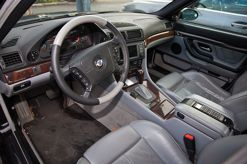 BMW 7er der dritten Modellgeneration E38 mit Alpina-Elementen