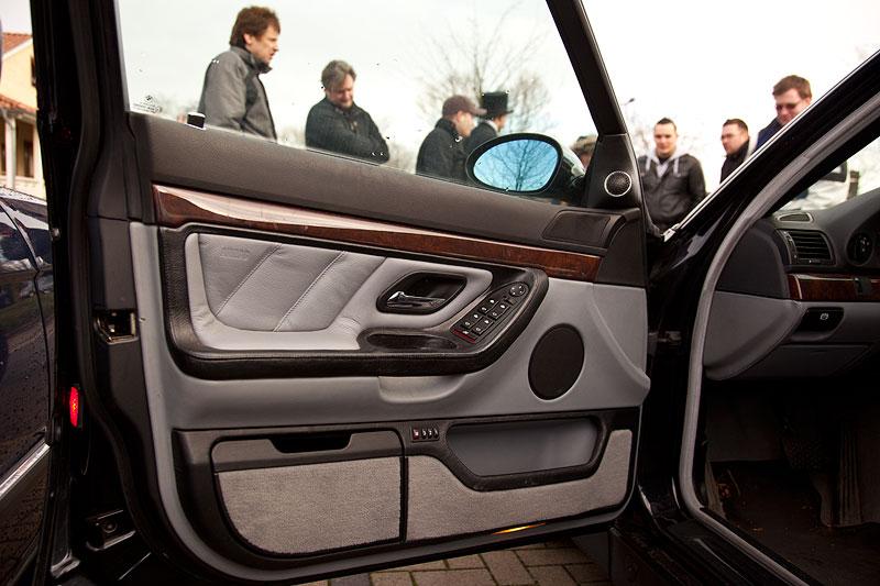 BMW 7er der dritten Generation in Bi-Color Ausführung