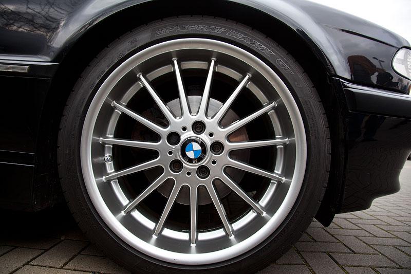 Juelz ('juelz') hat neue Räder auf seinen BMW 740i (E38) aufgezogen
