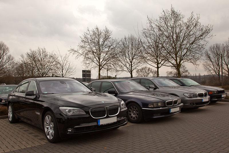 Rhein-Ruhr-Stammtisch im März 2012, vorne der BMW 750Li (F02) von Christian ('Christian')