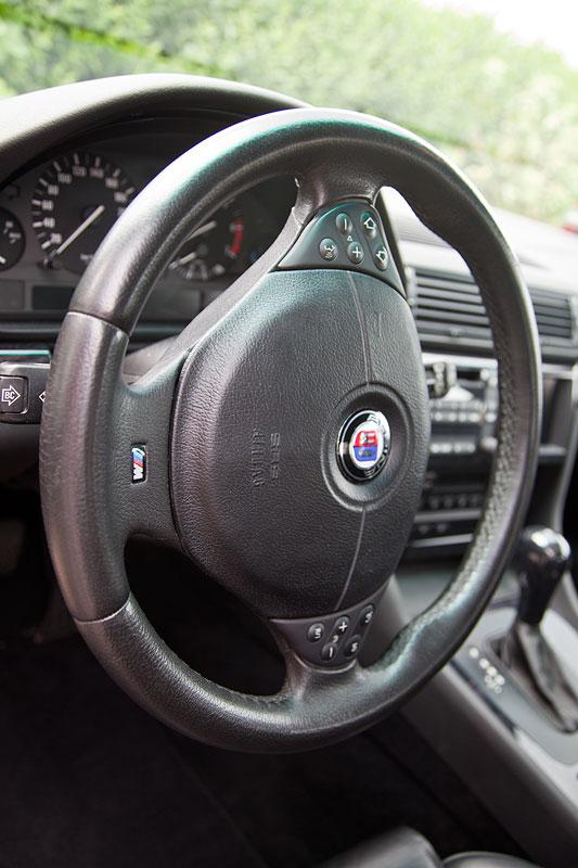 BMW Lenkrad mit Alpina Emblem im BMW 740i von Waldemar ('740ger')
