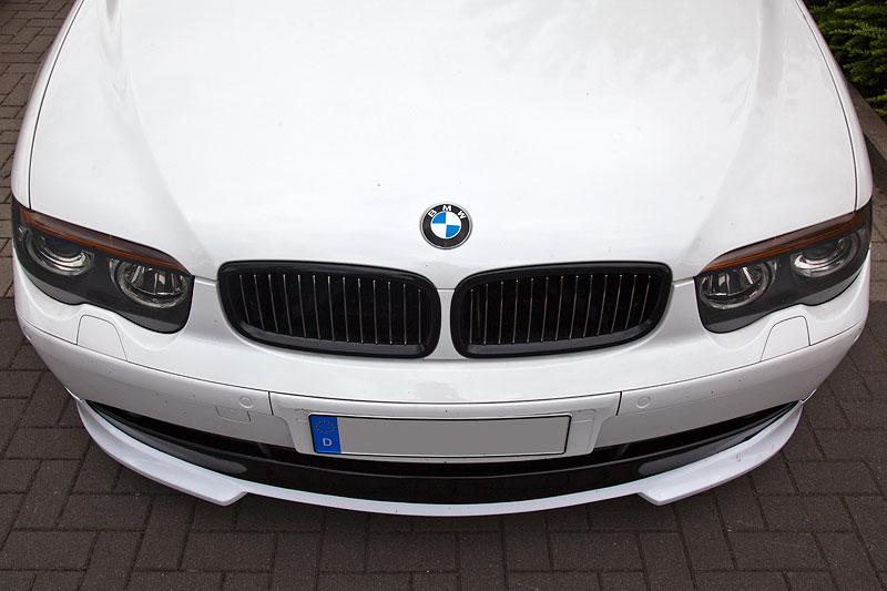 der ursprünglich blaue BMW 730d (E65) von Dennis ('Dennis730d') ist vollständig weiss foliert
