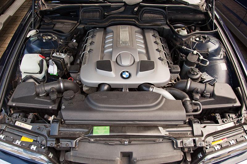das waren noch Zeiten: grosser V8-Dieselmotor im 7er-BMW, hier der 740d von Michael ('McTube')