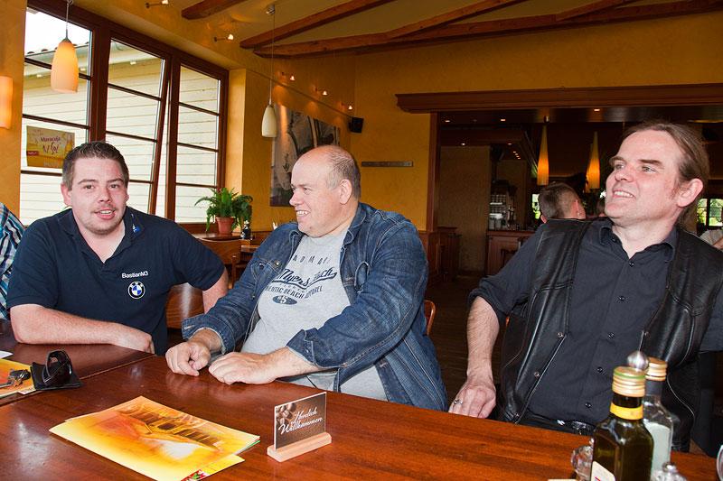 Bastian ('BastianM3'), Thomas ('tomgos') und Michael ('McTube')
