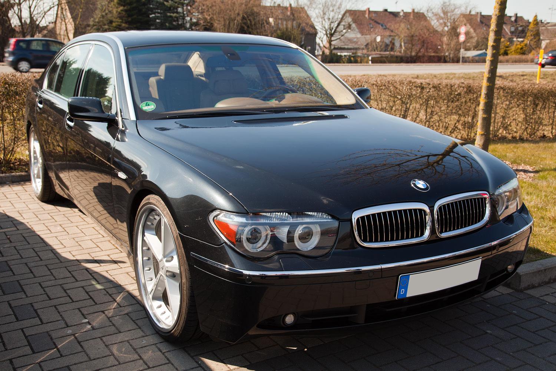 Foto BMW 745Li E66 Mit US Scheinwerfern Und Nachgerusteten Dach