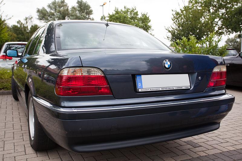 BMW 730i (E38) von Oliver ('bonnfan') beim Rhein-Ruhr-Stammtisch im September 2013