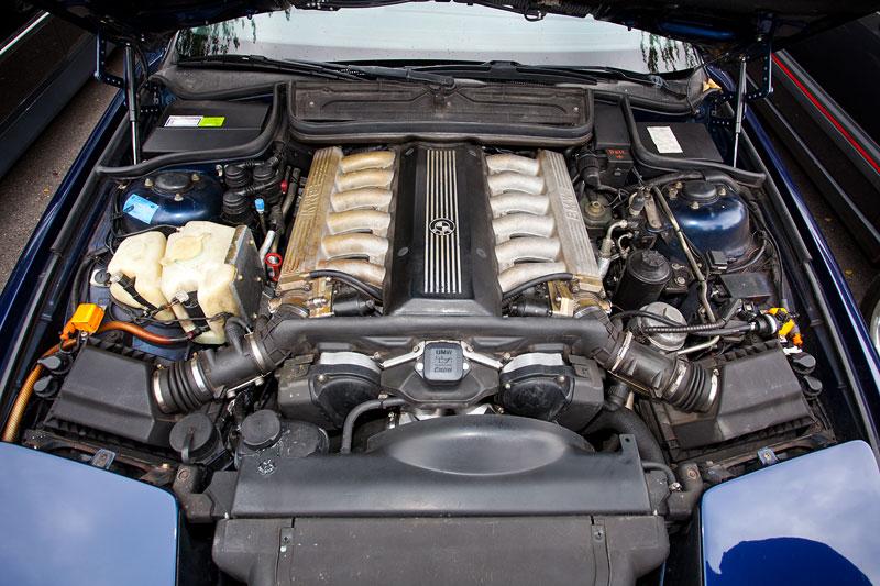 Foto V12 Motor Im BMW 850i E31 Handschalter Von Ralph E32fan