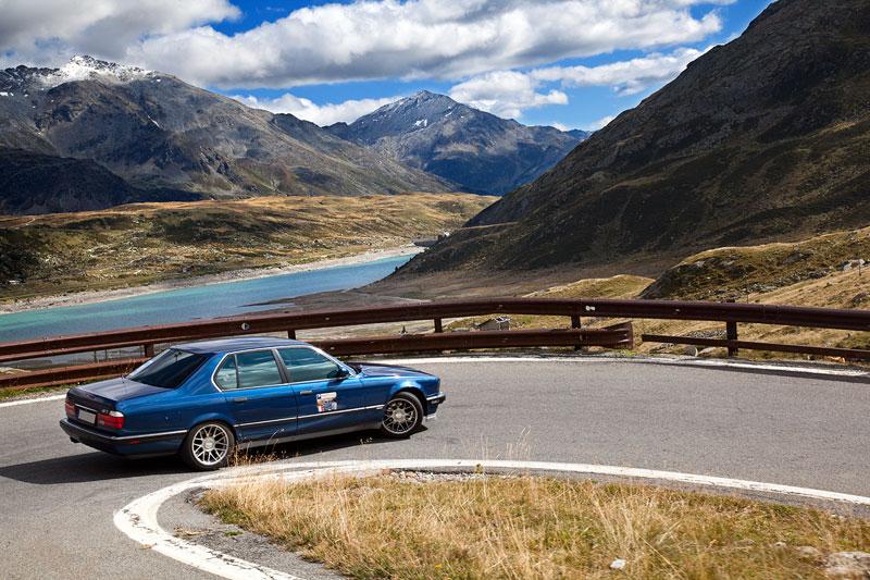 Pass-Strecke über die Alpen im 7er-Konvoi mit Ziel Comer See in Italien, hier der BMW von Horst ('Horsti')