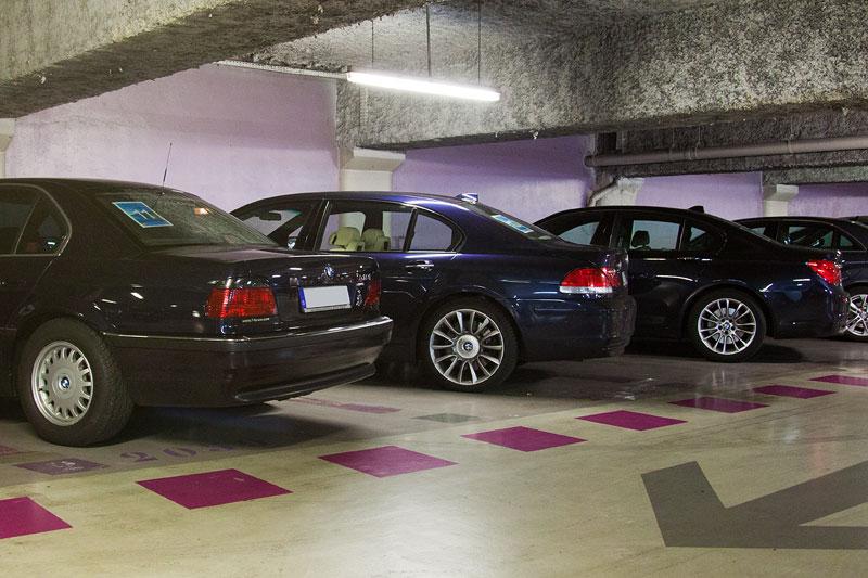 in Cannes parkten die 7er-Sternfahrer ihre Autos in einem zentralen Parkhaus