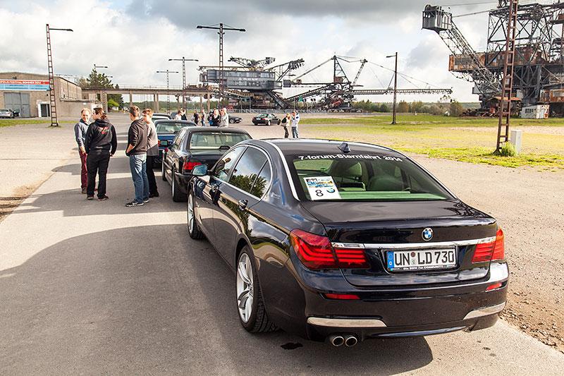 BMW 730Ld (F02 LCI) von Christian ('Christian') am Eingang zur Ferropolis