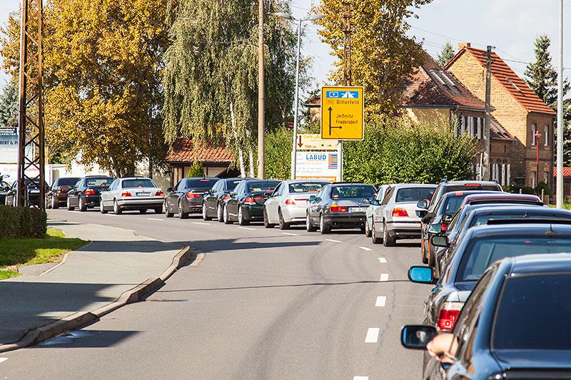 7er-Konvoi-Fahrt von der Ferropolis zur trattoria al faro in Mühlbeck