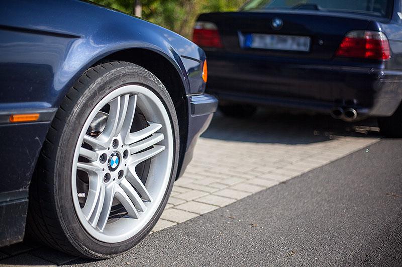 BMW 7er-Parken an der trattoria al faro