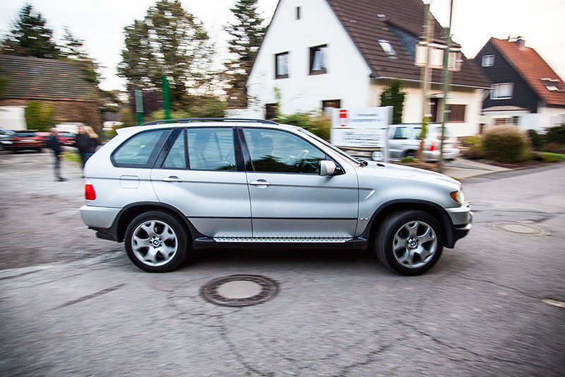Peter ('TurboPeter') in seinem BMW X5 (E53)
