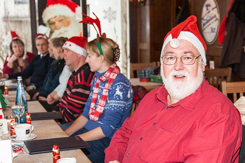 Mike ('Mike 56') mit Weihnachtsmütze beim Rheinischen Weihnachts-Stammtisch 2014