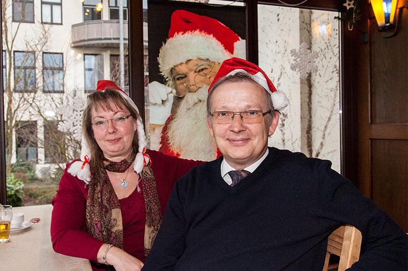Rita ('die Windigen') mit Mann Axel ('amber') beim Weihnachts-Stammtisch