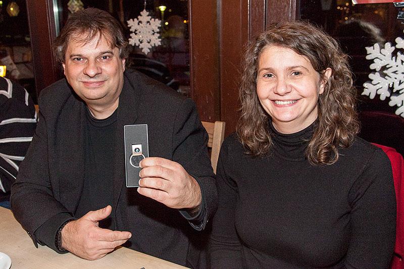 Rheinischer Weihnachts-Stammtisch 2014: Olaf ('ows') mit seiner Frau
