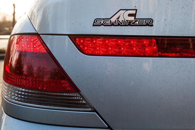 BMW 745i (E65), von Alain ('Alien'), AC Schnitzer Schriftzug auf der Heckklappe