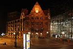 Altes Rathaus von Dortmund am Friedensplatz bei Nacht